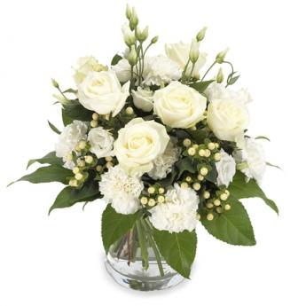 Beyaz Çiçekler Cam Vazoda