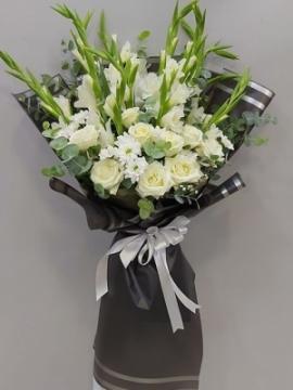 Özel Beyaz Çiçek Buketi