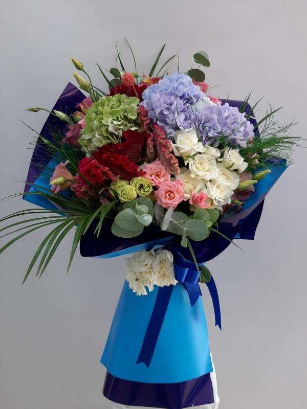 Ortanca Güller Çiçek Buketi